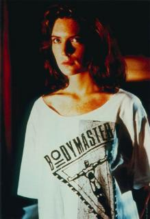 Lara Flynn Boyle [411x600] [33.47 kb]