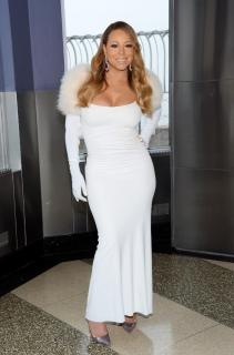 Mariah Carey [793x1200] [184.06 kb]