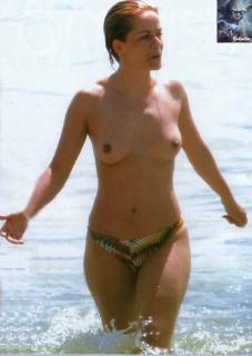María Adánez en Topless [692x975] [73.75 kb]