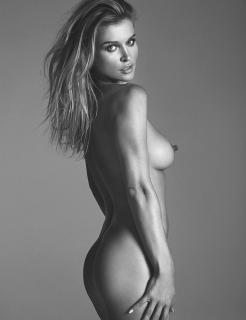 Joanna Krupa en Treats! Magazine Desnuda [3005x3900] [2730.89 kb]