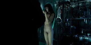 Hannah Rose May en Altered Carbon Desnuda [1920x960] [184.56 kb]