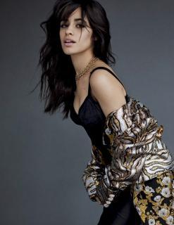 Camila Cabello en Vogue [740x958] [141.03 kb]