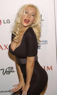 Christina Aguilera [613x1024] [83.62 kb]