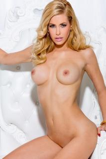 Kennedy Summers en Playboy Desnuda [800x1200] [159.54 kb]