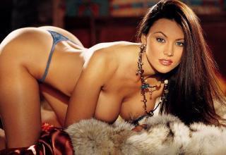 Aliya Wolf en Playboy [800x550] [82.75 kb]