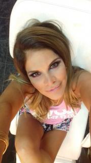 Sandra Arana [600x1067] [100.32 kb]