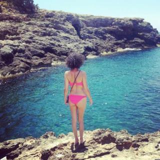 Rocío Madrid en Bikini [600x600] [131.98 kb]