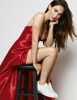 Megan Fox en Cosmopolitan [2363x3071] [1054.66 kb]