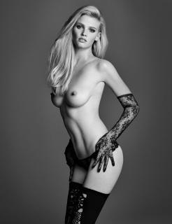 Lara Stone en W Magazine Desnuda [800x1039] [136.37 kb]