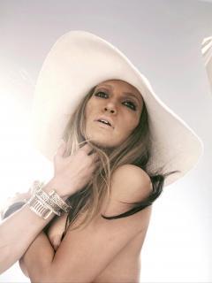 Jennifer Lopez Nuda [2131x2841] [434.55 kb]
