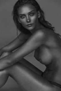 Rachel Cook Desnuda [1000x1500] [169.84 kb]