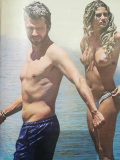 Cristina Marino en Topless [744x992] [73.35 kb]