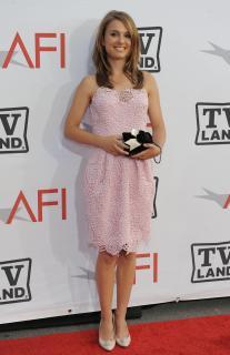 Natalie Portman [2604x4024] [691.54 kb]