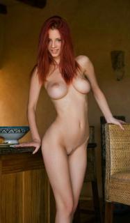 Piper Fawn Desnuda [686x1171] [135.69 kb]