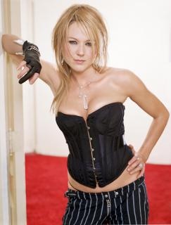 Jewel Kilcher [2284x3000] [534.05 kb]