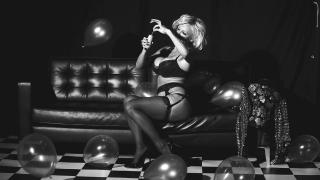 Pamela Anderson [1280x720] [123.96 kb]