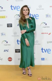Manuela Vellés [980x1499] [212.86 kb]