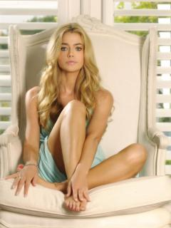 Denise Richards [800x1063] [131.49 kb]