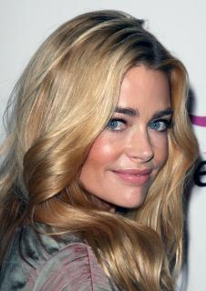 Denise Richards [2125x3000] [655.46 kb]