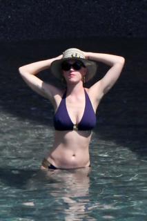 Katy Perry en Bikini [2333x3500] [626.75 kb]