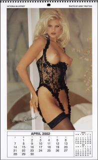 Calendario Playboy 2002 [786x1279] [131.27 kb]