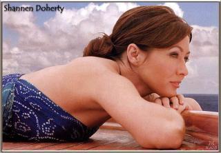 Shannen Doherty [689x480] [69.32 kb]