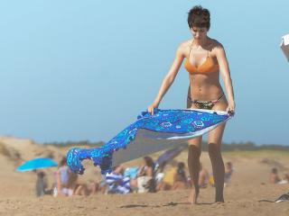 Úrsula Corberó en Bikini [980x735] [101.16 kb]