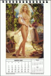 Calendario Playboy 2001 [676x990] [113.03 kb]