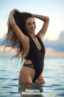 Alexa Ray Joel en Si Swimsuit 2017 [1280x1920] [221.59 kb]
