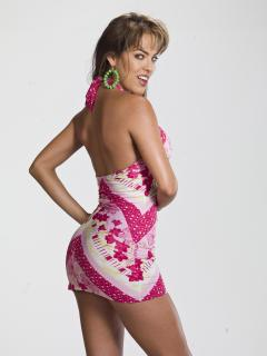Sara Corrales [3000x4000] [664.4 kb]