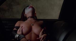Kelly Monaco en Desnuda El Diablo Metio La Mano [1920x1040] [221.66 kb]