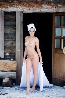 Christin Tusk en Playboy Desnuda [1280x1920] [476.55 kb]