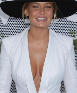 Lara Bingle [850x1024] [100.67 kb]