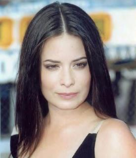 Holly Marie Combs [496x576] [30 kb]