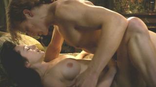 Hannah James en Outlander Desnuda [1920x1080] [235.9 kb]