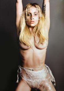 Lady Gaga [900x1280] [183.58 kb]