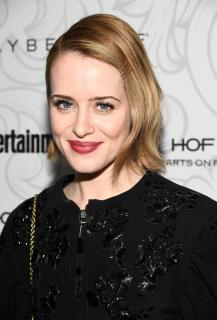 Claire Foy [740x1089] [170.29 kb]