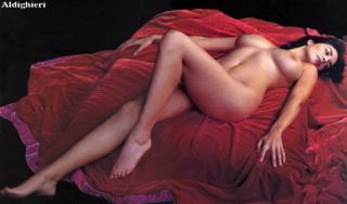 Sonia Aquino in Gq Nude [953x560] [77.8 kb]