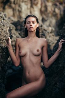 Michelle Vawer Nude [934x1400] [238.89 kb]