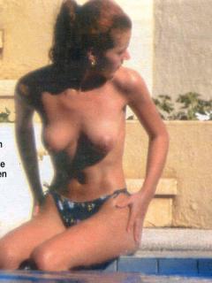 Eugenia Santana en Topless [602x800] [71.95 kb]