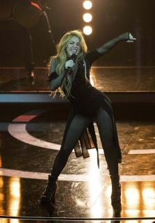 Shakira [716x1024] [165.92 kb]