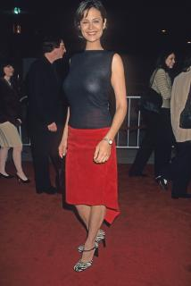 Catherine Bell [2878x4300] [1573.2 kb]