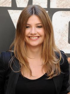 Miriam Giovanelli [2217x3000] [740.36 kb]