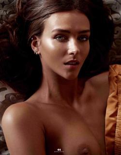 Rachel Cook in Playboy Nude [1732x2215] [371.34 kb]