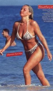 Cristina Tàrrega en Bikini [454x778] [64.37 kb]