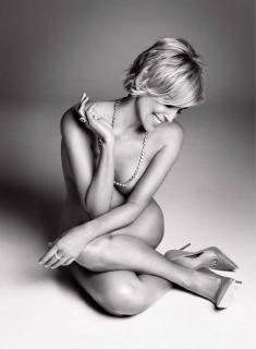 Sharon Stone [2285x3110] [463.31 kb]