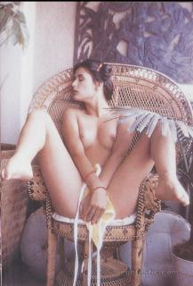 Demi Moore in Playboy Nude [1087x1600] [252.4 kb]