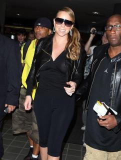 Mariah Carey [911x1200] [117.68 kb]