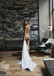 Jennifer Berg Desnuda [780x1080] [184.01 kb]