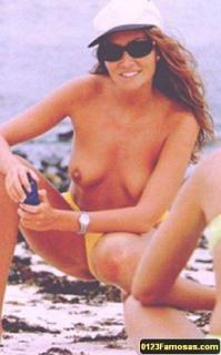 Sonia Moldes en Topless [289x464] [23 kb]
